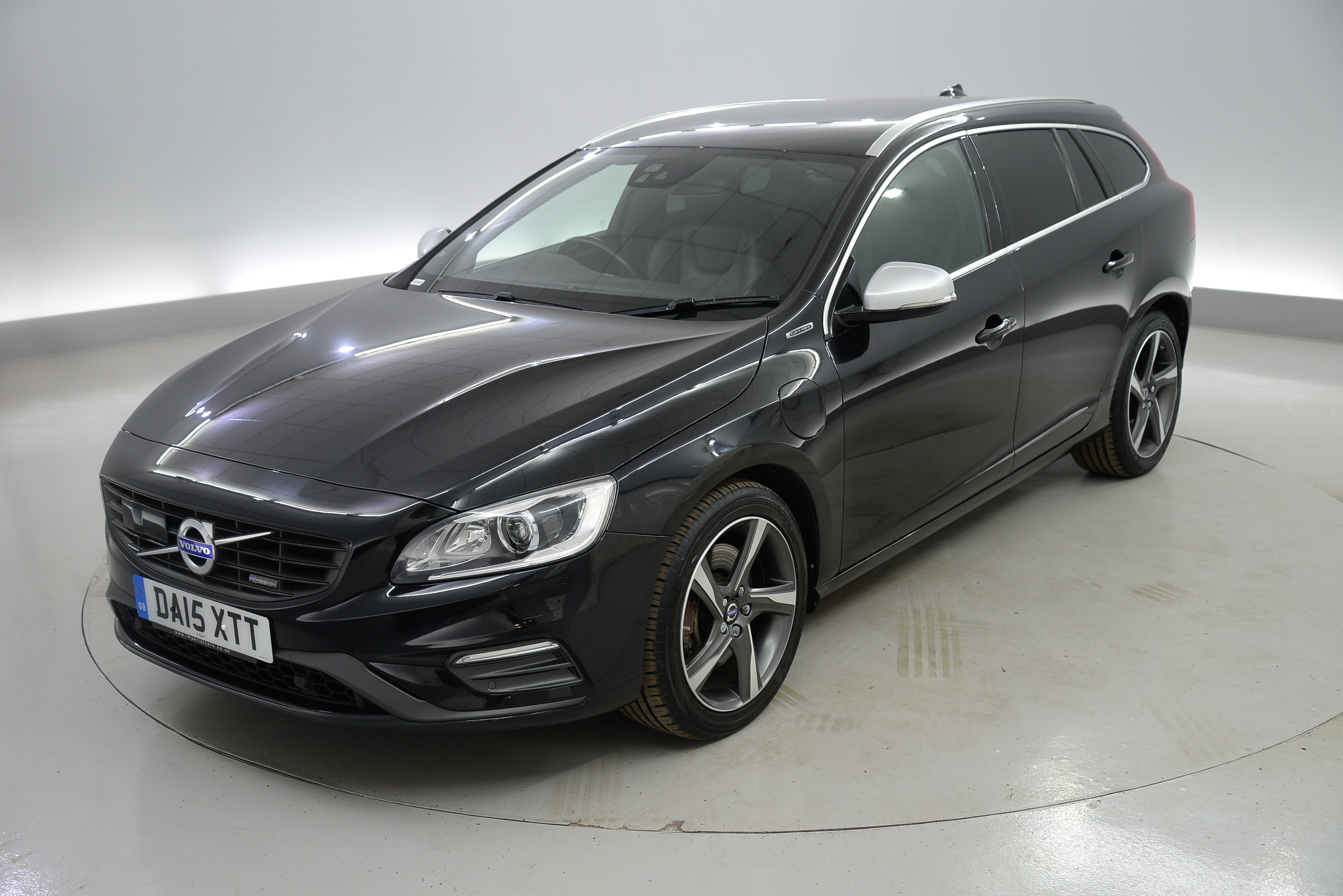 manufacturer advertisement announced volvo new pricing and emissions exterior news specification used