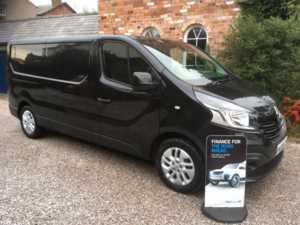 2015 65 Renault TRAFIC LL29 SPORT ENERGY Long Wheel Base Low Roof Van. 5 Doors Panel Van