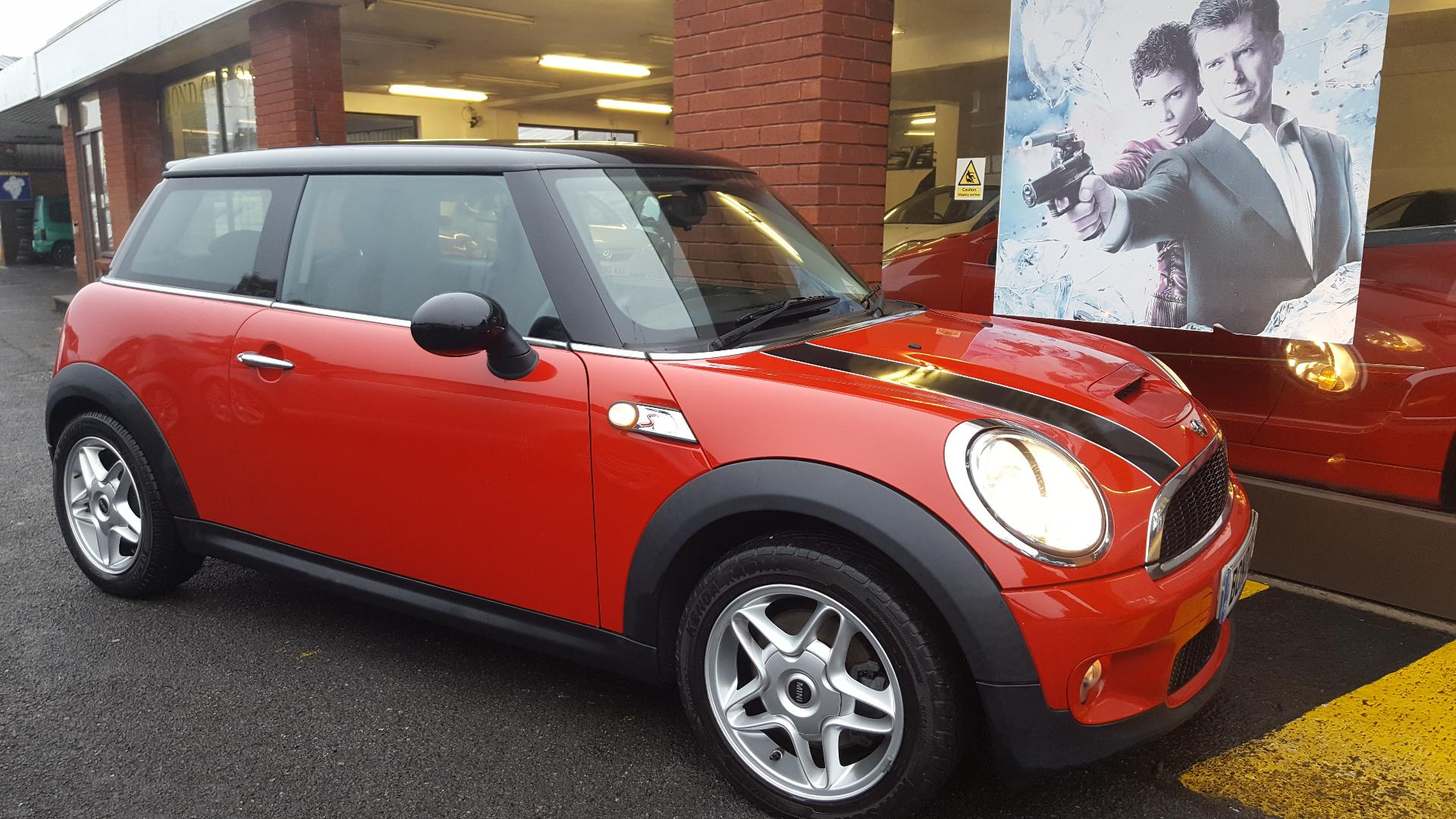 2009 (59) MINI HATCHBACK 1.6 Cooper S Hot Hatch For Sale In Swansea, Glamorgan
