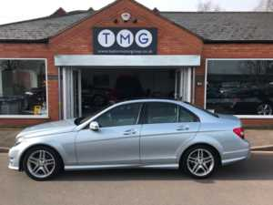 2013 (63) Mercedes-Benz C Class C250 CDI BlueEFFICIENCY AMG Sport 4dr Auto ** PAN SUNROOF ** For Sale In Newark, Nottinghamshire