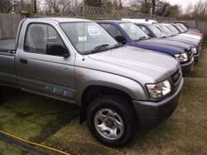 2005 (05) Toyota HILUX BREAKING FOR SPARES ONLY 2.5TD D4D 250 EX 4WD,SINGLECAB, PICK-UP, 5-SPEED X 25000 MILES ONLY X For Sale In Datchet, Berkshire